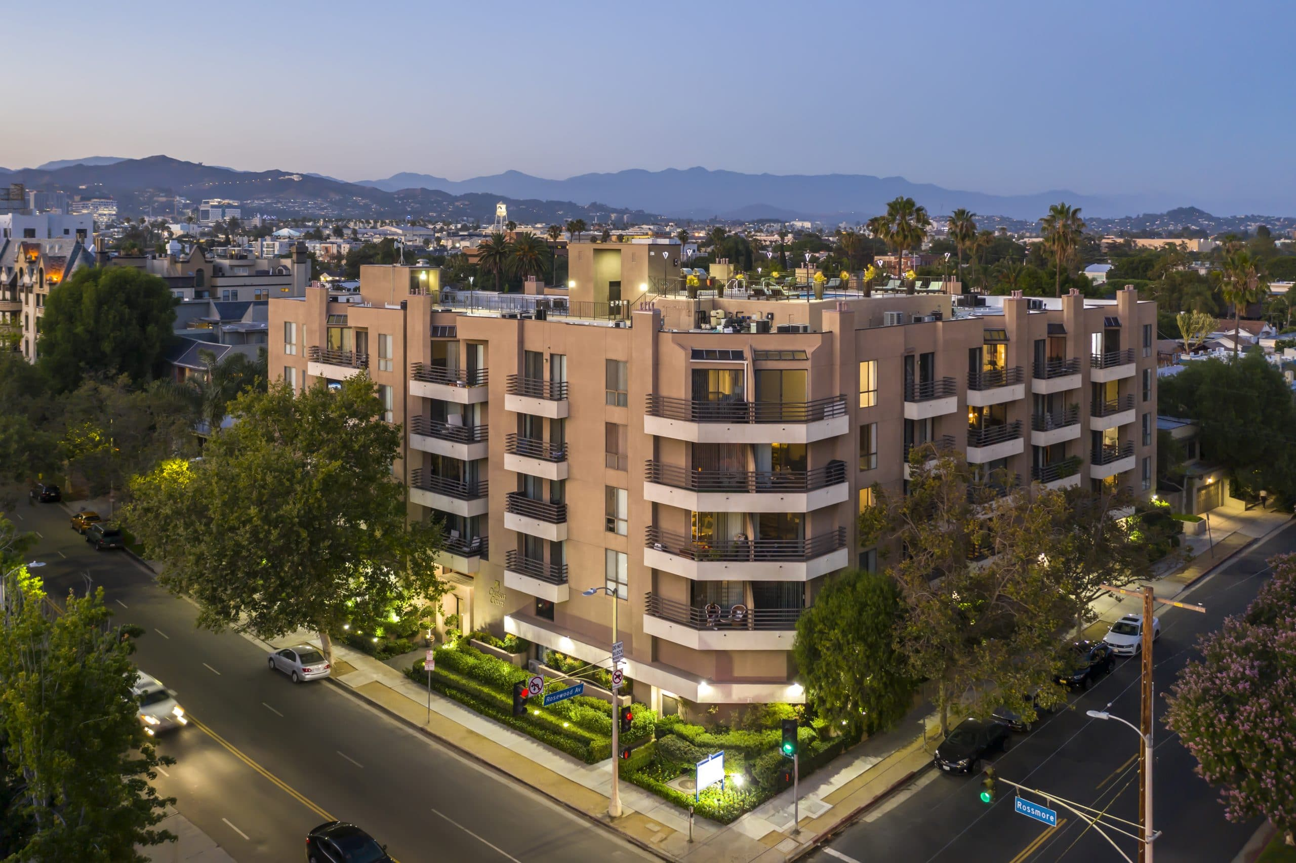 Apartments for rent in Hancock Park, California